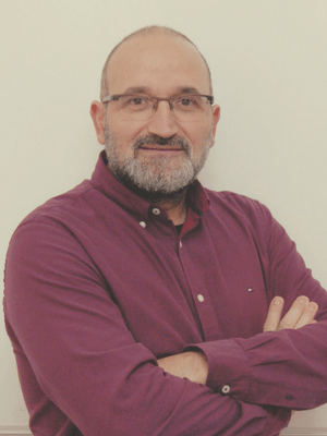Dr. Francisco Molina