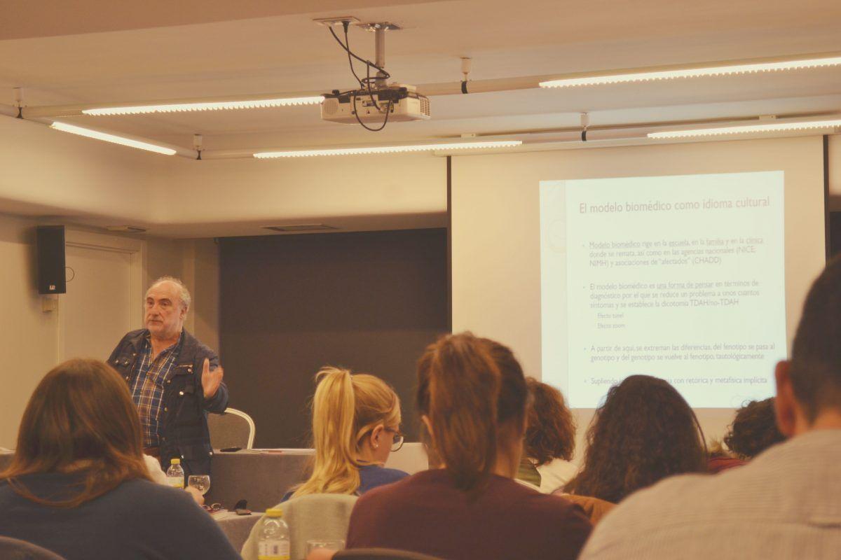Marino Pérez- formación continua en Terapias Contextuales