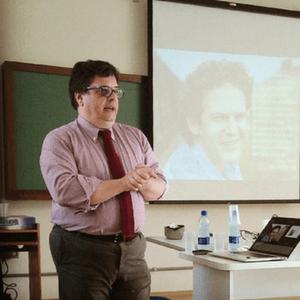 Dr. Nanni Presti