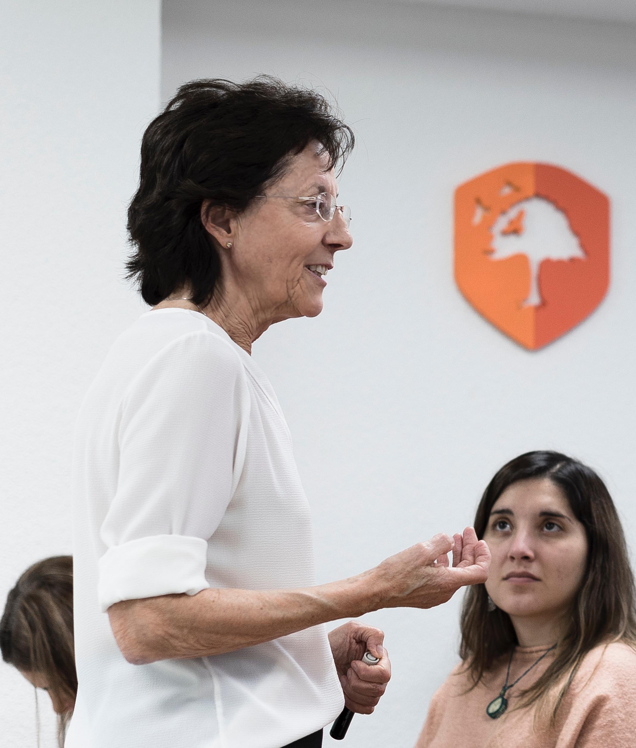 Carmen Luciano. Máster Terapias Contextuales