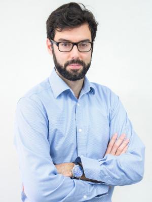 Dr. Adrián Barbero-Rubio